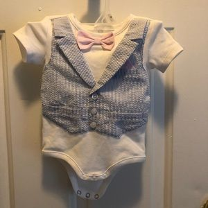 Edgehill Collection baby boy size 3 months